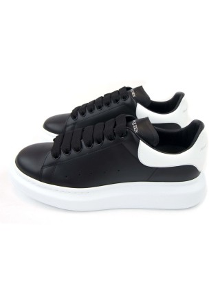 Alexander Mcqueen (Black and White)